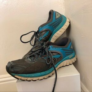 Brooks Glycerin 11 Women's Running Shoes